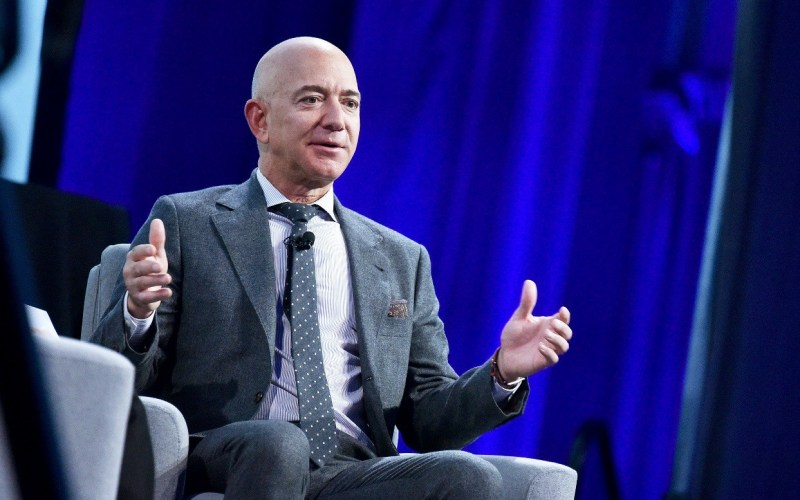 Jeff Bezos to step down as Amazon CEO