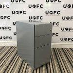 UOFC-Slimline-Silver-Pedestal-2