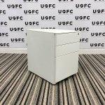 UOFC-White-metal-Pedestal-2