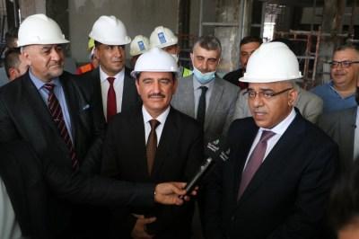 الاعرجي يرافق معالي وزير التعليم العالي في زيارته التفقدية لمبنى المكتبة المركزية في جامعة الموصل