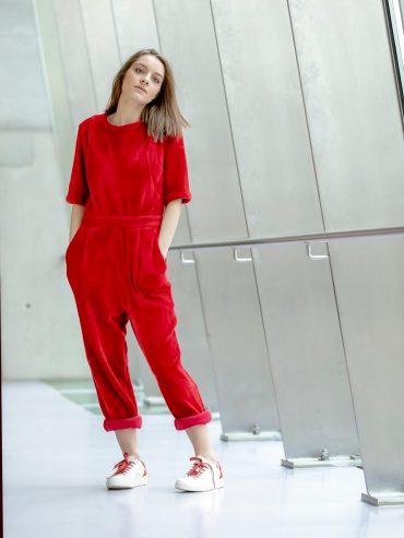 Victoria Jumpsuit disponible uniquement sur Up & Down Hill eshop 100% belge de prêt-à-porter