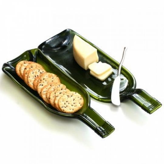 upcycle fundido botella de vino idea creativa desayuno meseta de mantequilla de queso