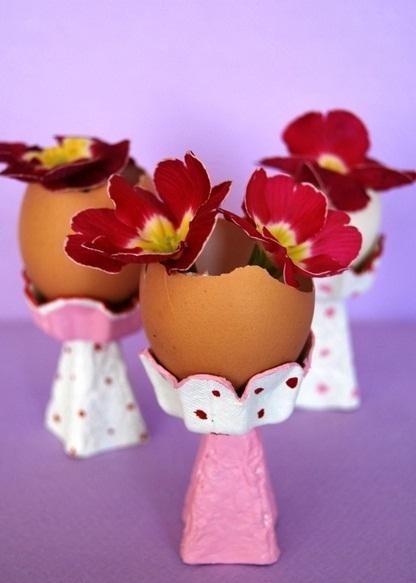 upcycled huevo jarrones cáscara de huevo taza de cartón ideas de manualidades caseras reutilizar flores bricolaje