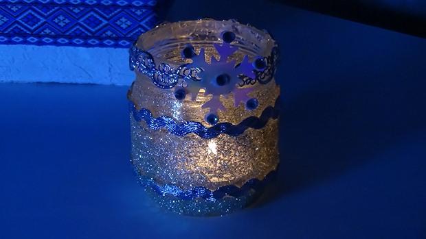 tarro de cristal artesanía de Navidad luminarias cintas azules gliter creativas ideas de decoración