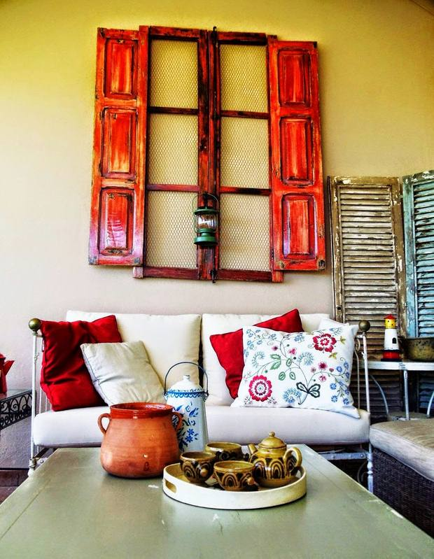 Thow To Turn Old Window Frames Into Botanical Erfly Wall Art Crafts Diy