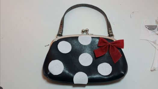 Minnie Mouse Purse Makeove