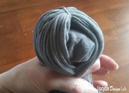 T-shirt yarn octopus tutorial