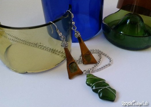 How to use the Fuseworks microwave kiln to make glass jewelry