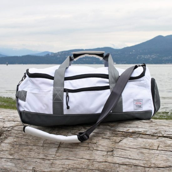 Dune Duffel Medium – White Piping