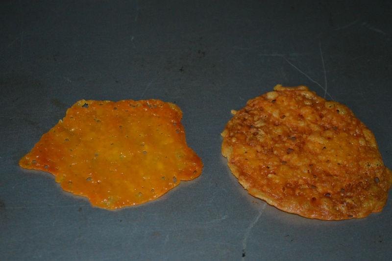 Cheddar cheese crisps, www.upgrademyfood.com