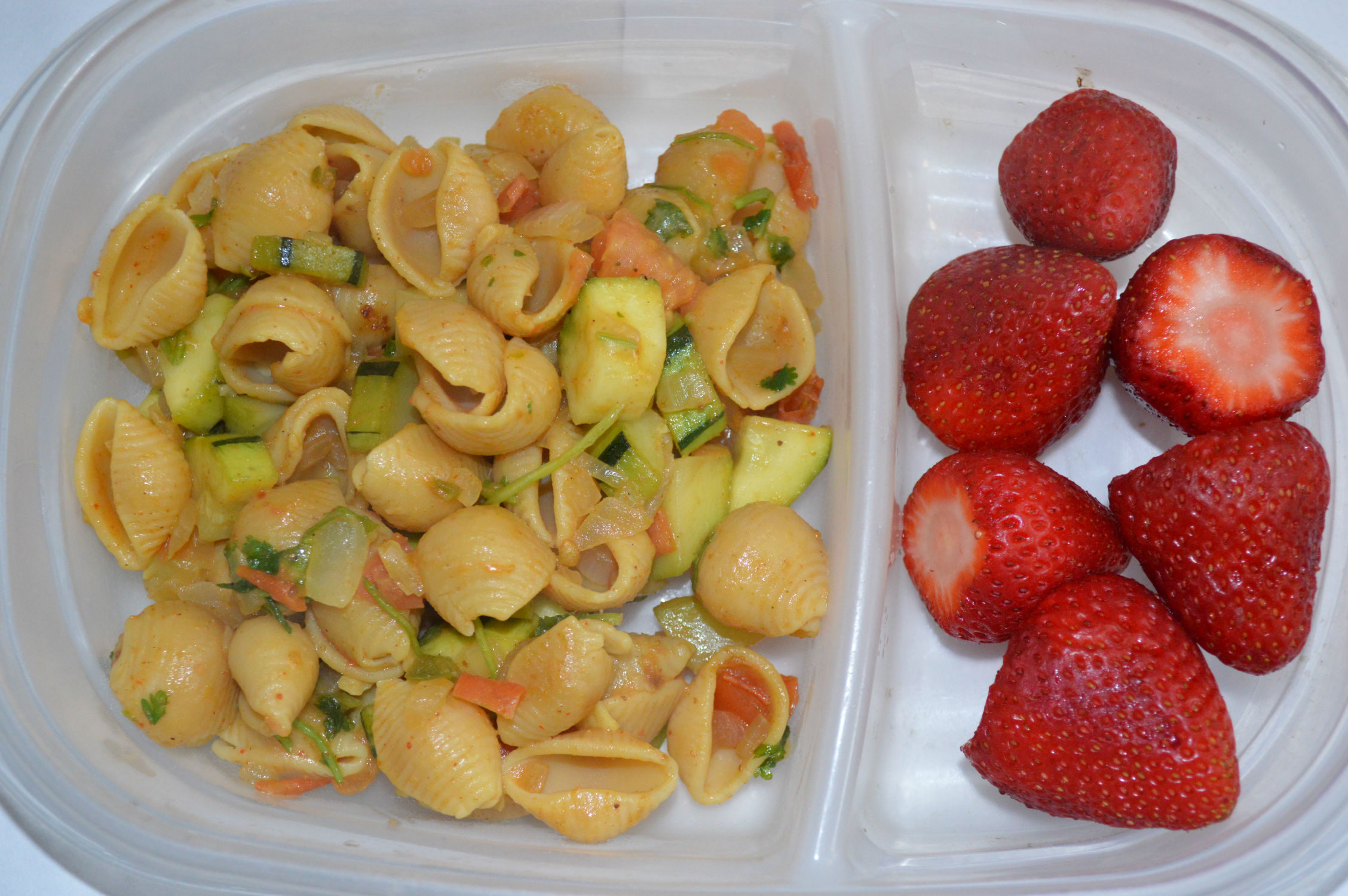 Chickpea pasta - a high protein lunch for your kid