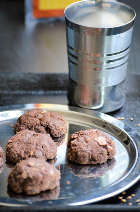 Flax chocolate cookie
