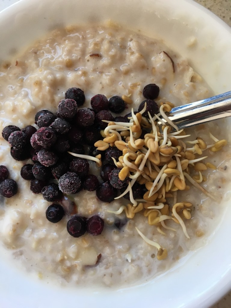 oats with yogurt and fenugreek sprouts