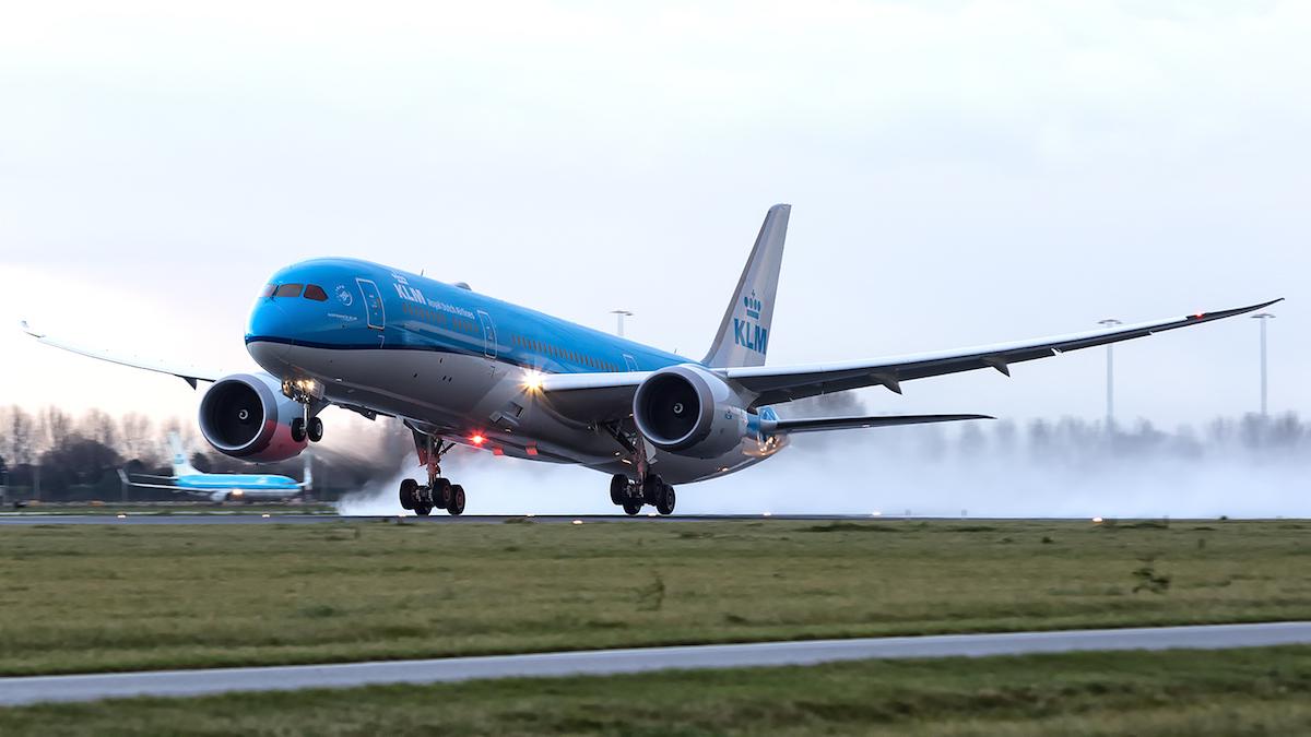 KLM Boeing 787 wijkt uit naar Peking