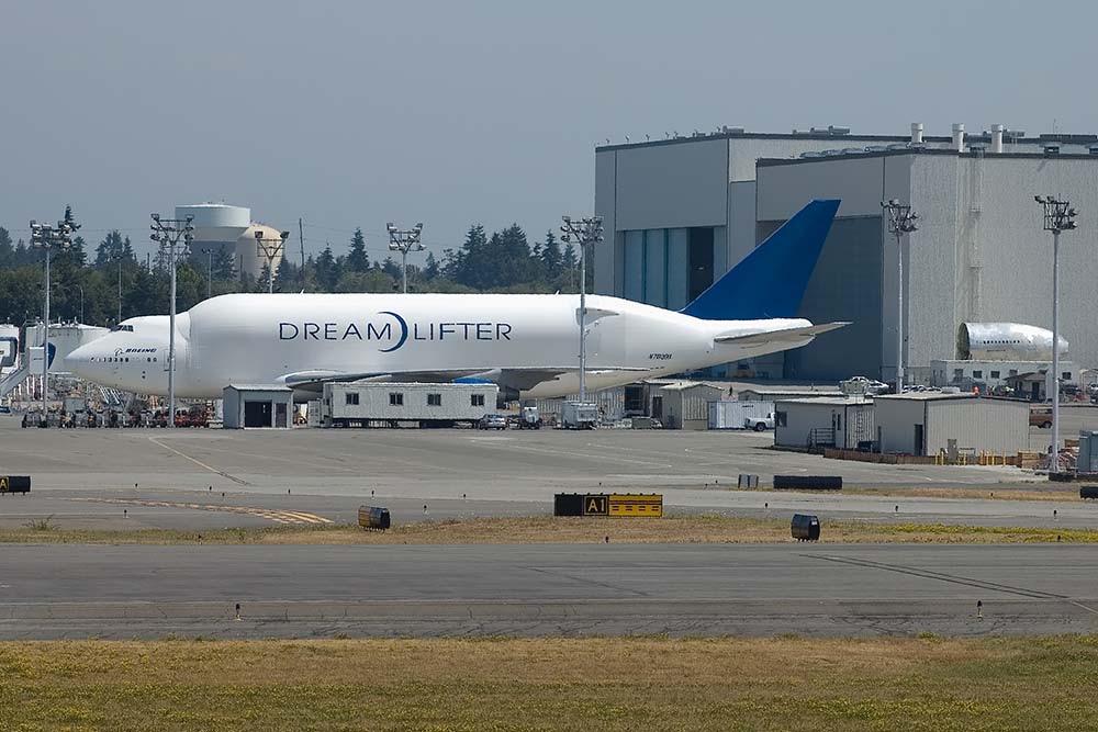 747 Dreamlifter-vloot krijgt nieuwe motoren