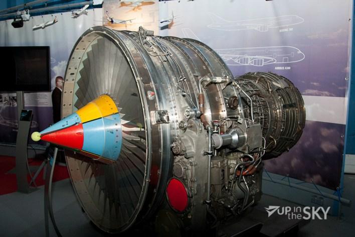 Snecma_CF6-motor_A300-1