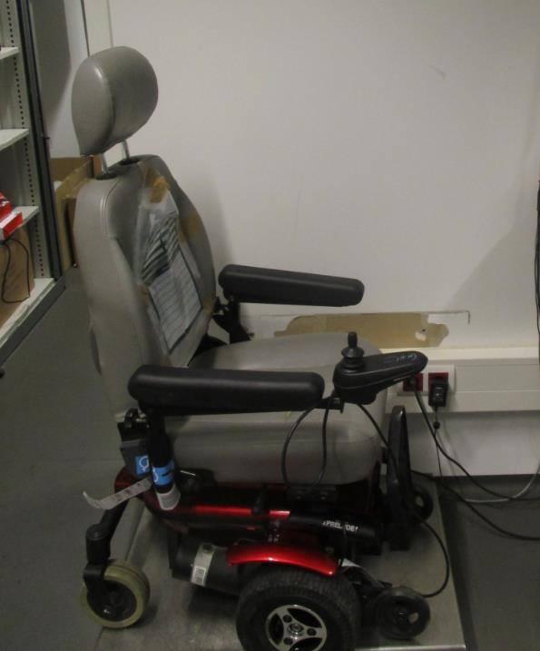 De scootmobiel is in beslag genomen. Foto: Marechaussee/Facebook.