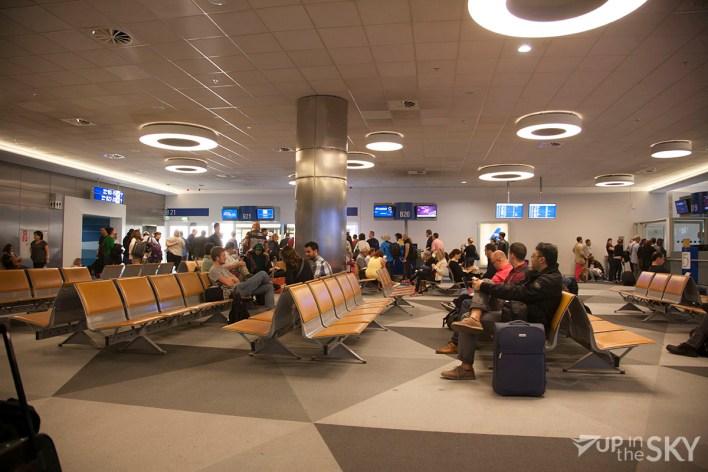athene_airport_10_bus-gate