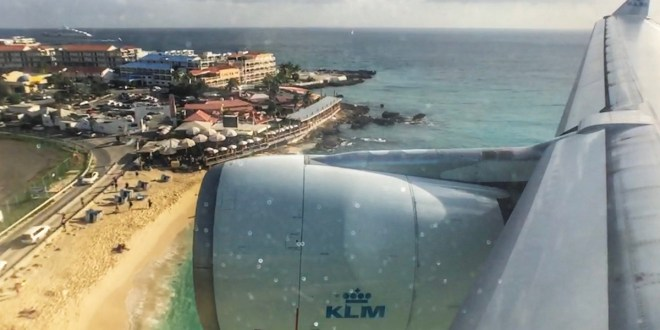 KLM stelt terugkeer Sint Maarten uit