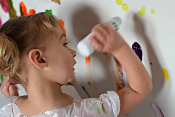 Wall Mural Art - Super fun activity for the kids