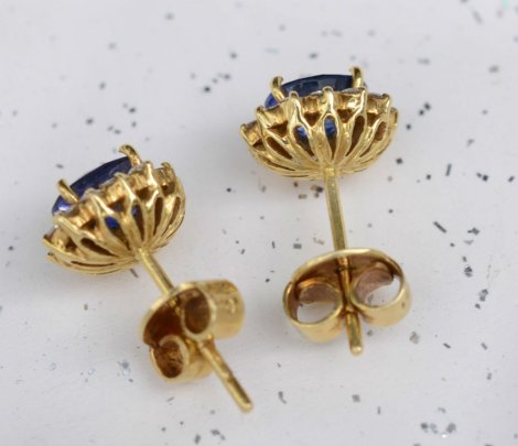 elizabeth-jewellers-earring