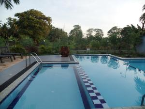nilketha_villa_eco_hotel_outdoor_pool