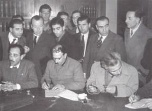 συμφωνία της Βάρκιζας: η υπογραφή