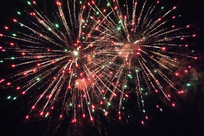 Fireworks_4890829963547133971