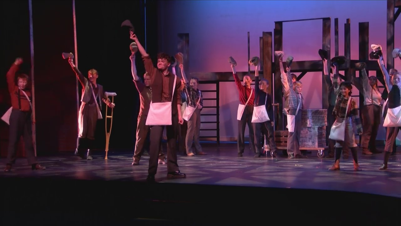 _Newsies__coming_to_Forest_Roberts_Theat_0_20190307041724