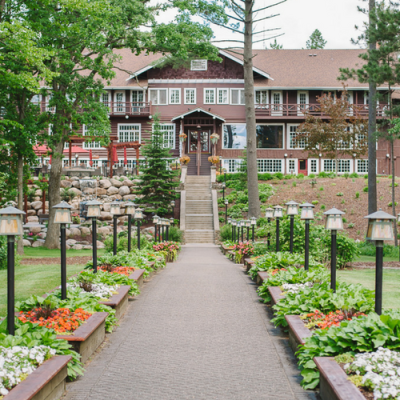 Grand View Lodge On The Rocks | Something For Everyone
