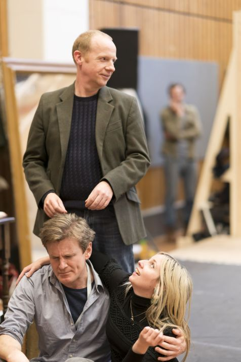 6. Jonathan Slinger, Charles Edwards and Sinéad Matthews in rehearsal for Absolute Hell (c) Johan Persson