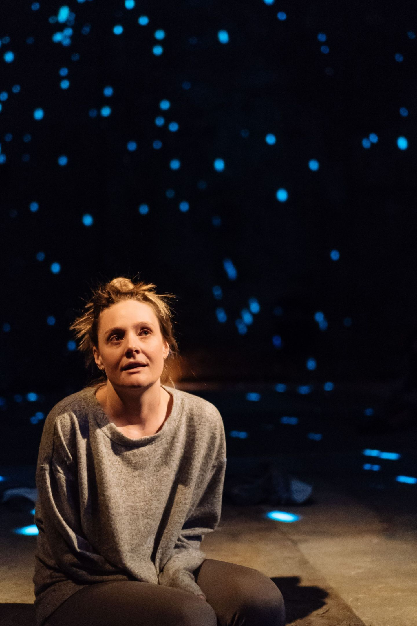 Review: ★★★★ The Writer, Almeida Theatre