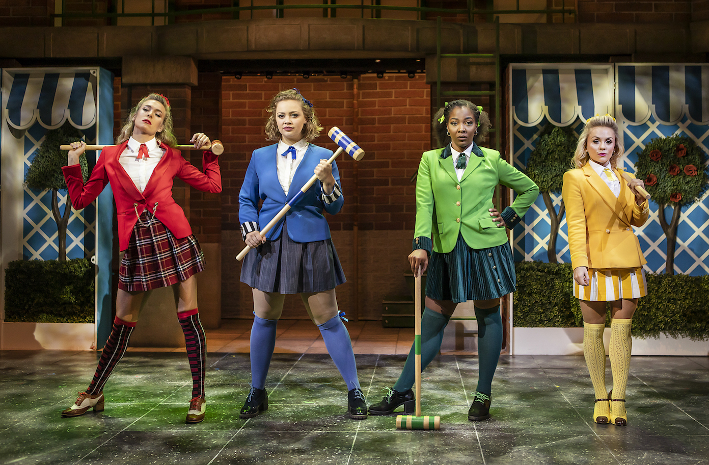 5 reasons to see HEATHERS at Theatre Royal Haymarket