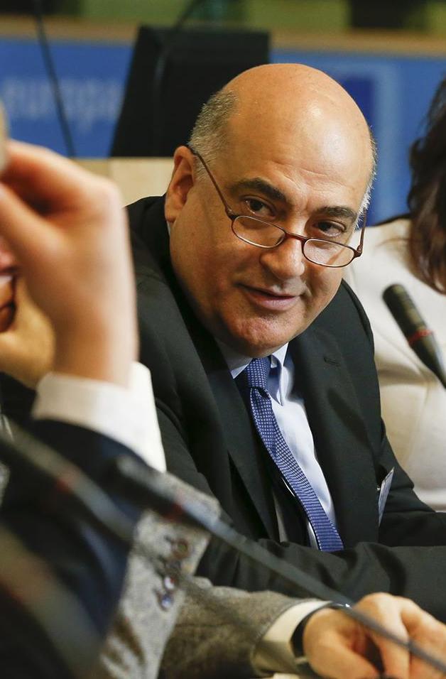 تضييق مساحة المجتمع المدني وتعزيز القطاع الخاص: تحديات جدول أعمال التنمية المستدامة – زياد عبد الصمد