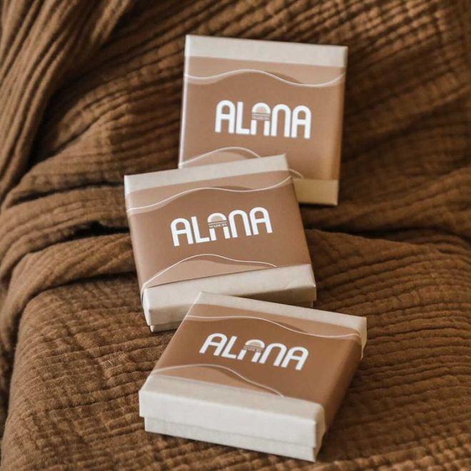 brown packaging sleeves
