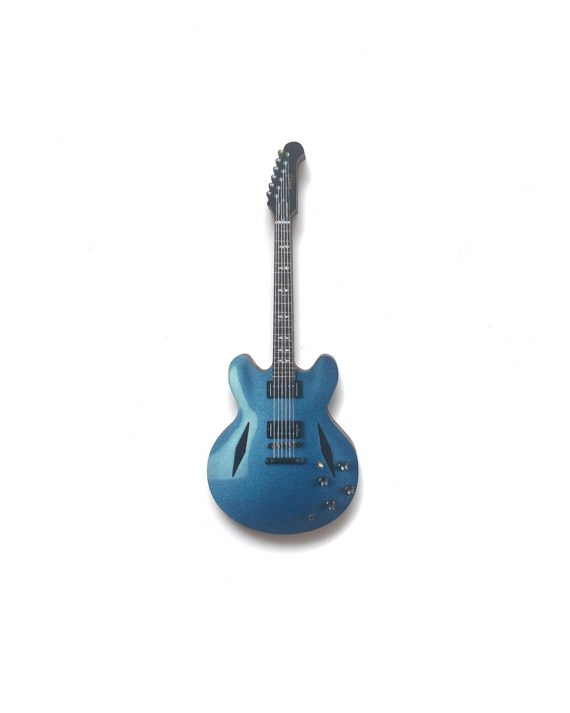 DG_guitar_pin_front-