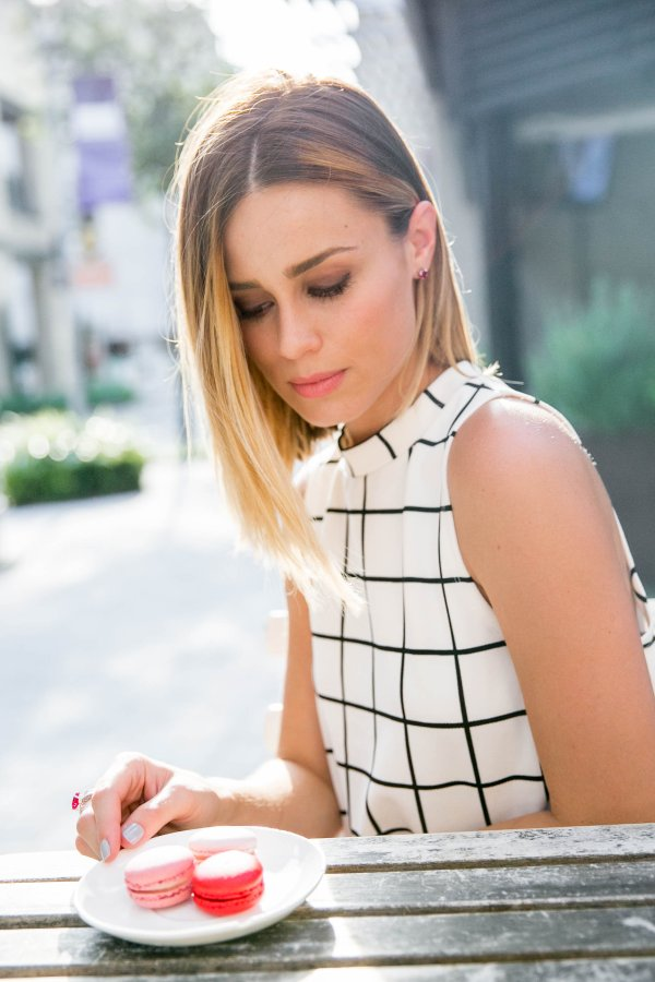 checkered dress outfit