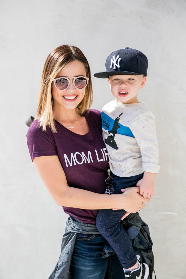 mom life outfit