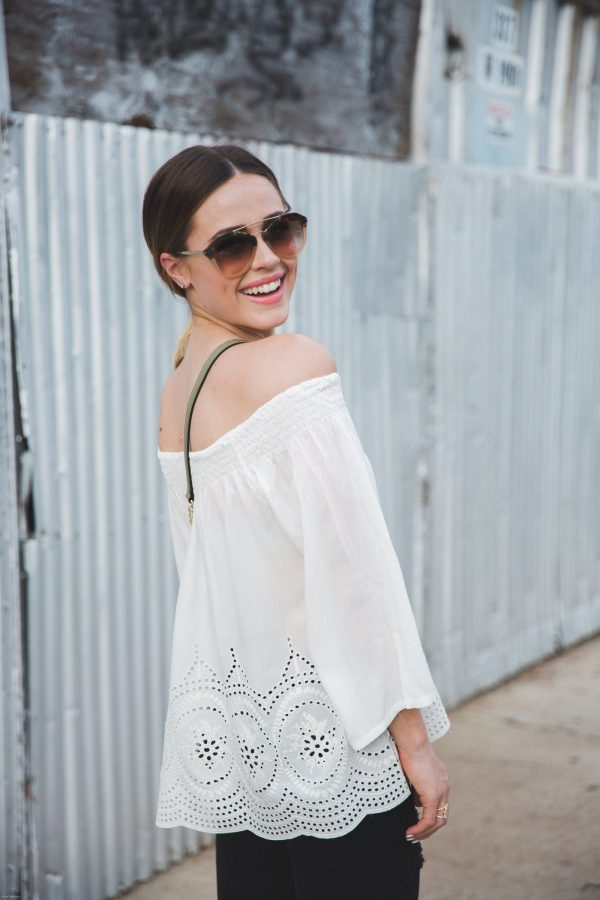 How to wear off the shoulder