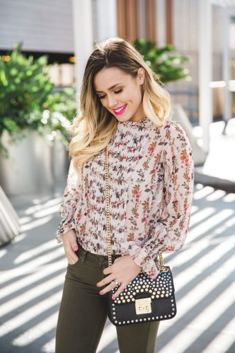 Floral top x New Years Resolution