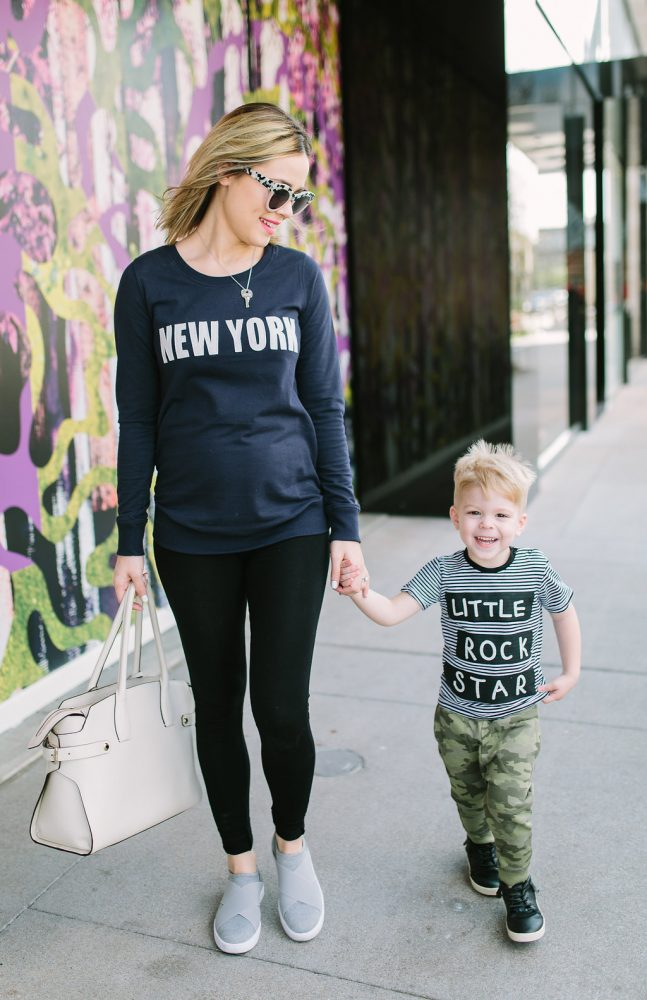 Comfy casual maternity   athleisure outfit   Mommy outfits   Casual mommy outfits   Uptown with Elly Brown