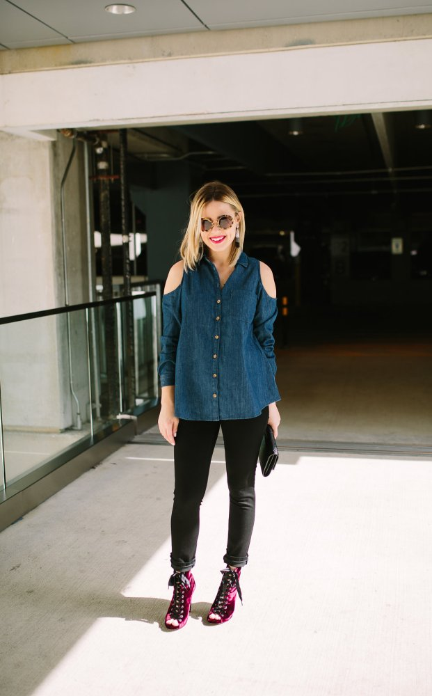 denim on denim | Chambray top | Maternity Style | Maternity Fashion | Uptown with Elly Brown