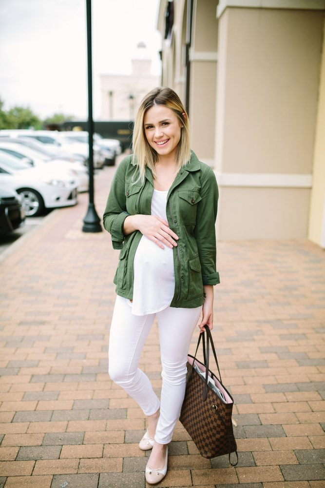 Maternity Fashion | Casual outfit | ballet flats| Maternity Outfits | Seraphine | Uptown with Elly Brown