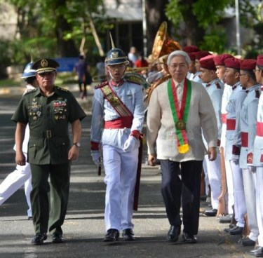 Guests of Honor, UP President Alfredo Pascual