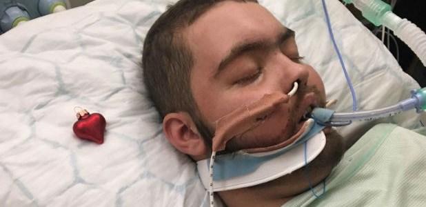 Él despertó de un coma sólo para dar un desgarrador mensaje a sus padres