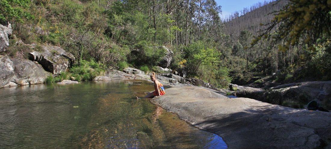 Pobra do caraminal, natural pools
