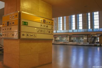 Berlin Tempelhof Airport (15) - departure hall