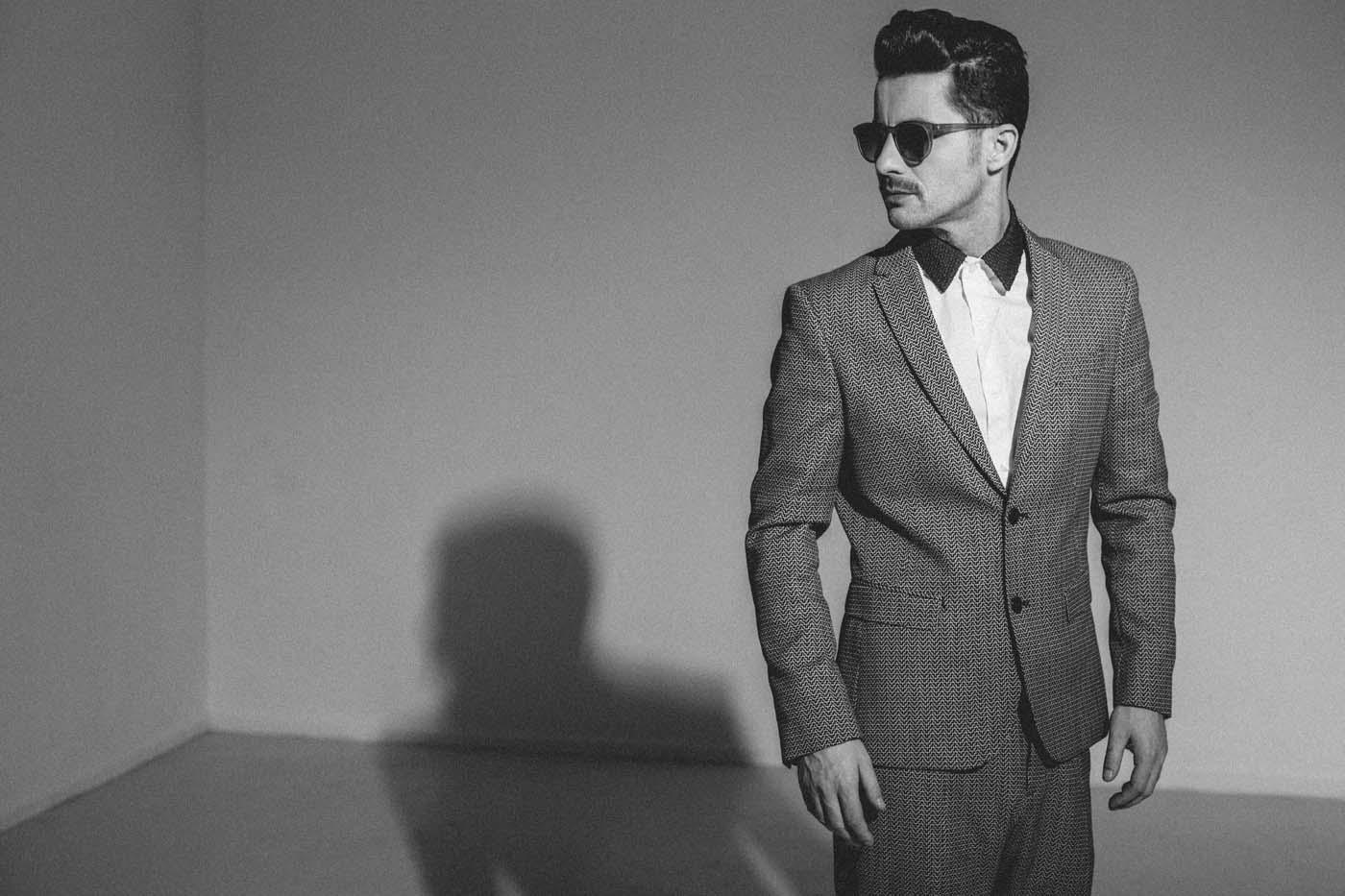 Adrian Sina Lanseaza Primul Blog De Moda Al Unui Artist Roman