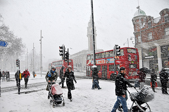 Brixton Covered In Snow Photos Dec 18th 2010