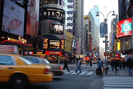 Times Square photos, Broadway and Seventh Avenue between West 42nd and West 47th Streets, Manhattan, NYC, December 2006